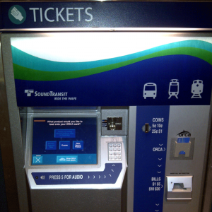 ORCA Card Fare Vending Machine. Image by Azure Dragon of the East, licensed by CC BY-SA 3.0.