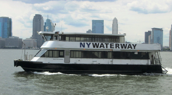 NY Waterway ferry sailing on the Hudson River. Image by user Beyond My Ken, licensed by CC BY-SA 4.0