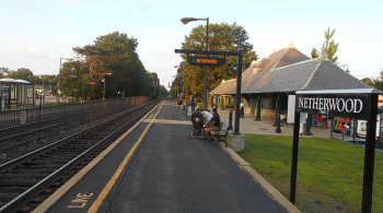 The Netherwood New Jersey Transit station in Plainfield, New Jersey. Image by user Adam Moss, licensed by CC BY-SA 2.0