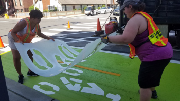 Vision Zero Jersey City ‏ @VisionZeroJC Jun 27 Protected bike lane alert! Our crew is out installing a two-way cycle track on Grove Street today. This is the first permanent on-street protected bikeway in Jersey City. #letsridejc #visionzerojc