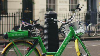 A Lime e-bike in London, UK by Metin Ozer on Unsplash
