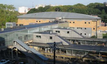 By Northeast Corridor Commission - http://www.nec-commission.com/wp-content/uploads/2013/01/NJ-trenton_station.jpg, Public Domain, https://commons.wikimedia.org/w/index.php?curid=54104827